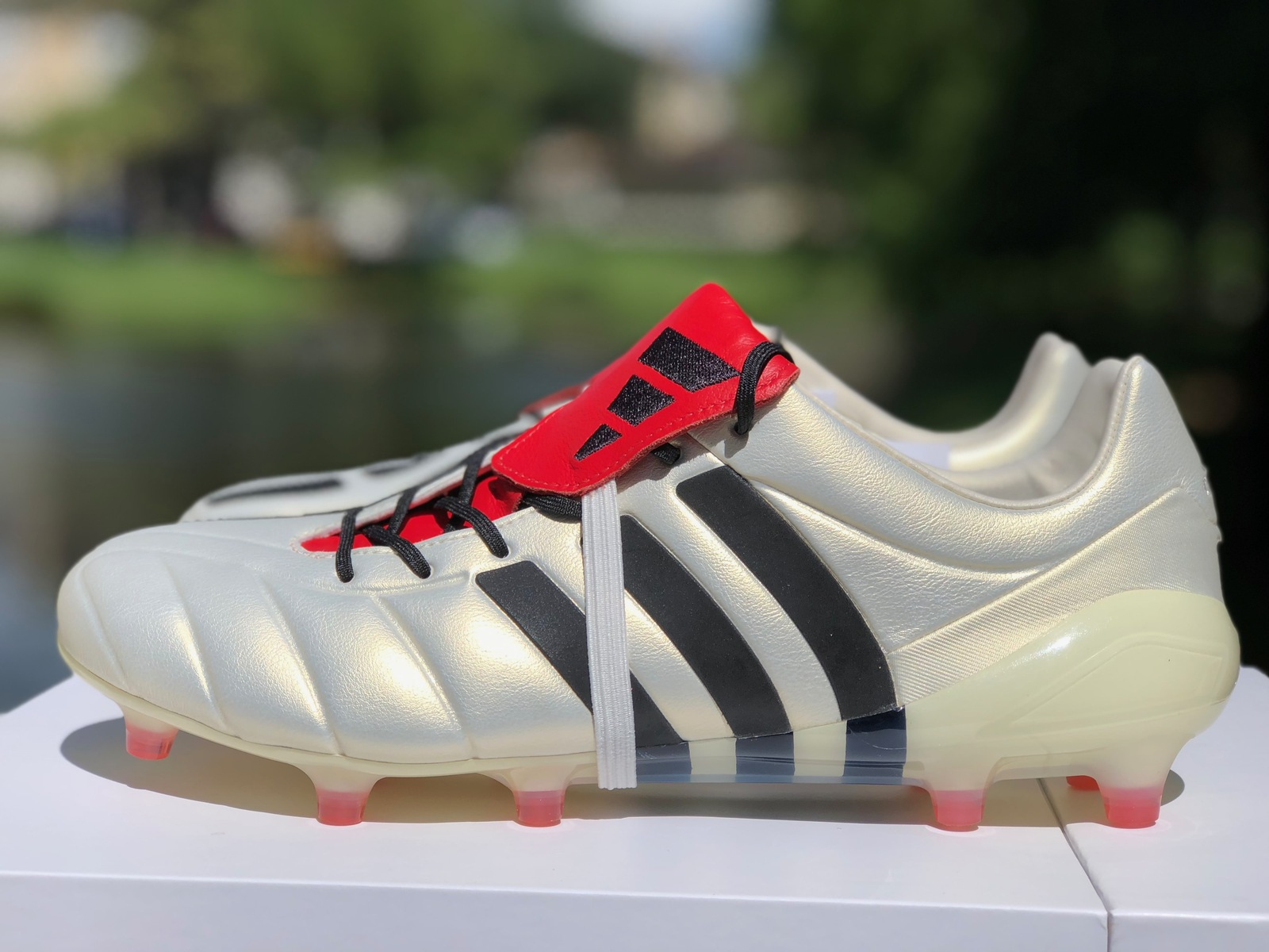 nouvelle collection 5b8a1 1e526 Adidas Predator Mania FG Champagne Remake and 50 similar items