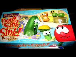 DON'T SINK IN THE SINK--VEGGIE TALES  GAME - $18.00