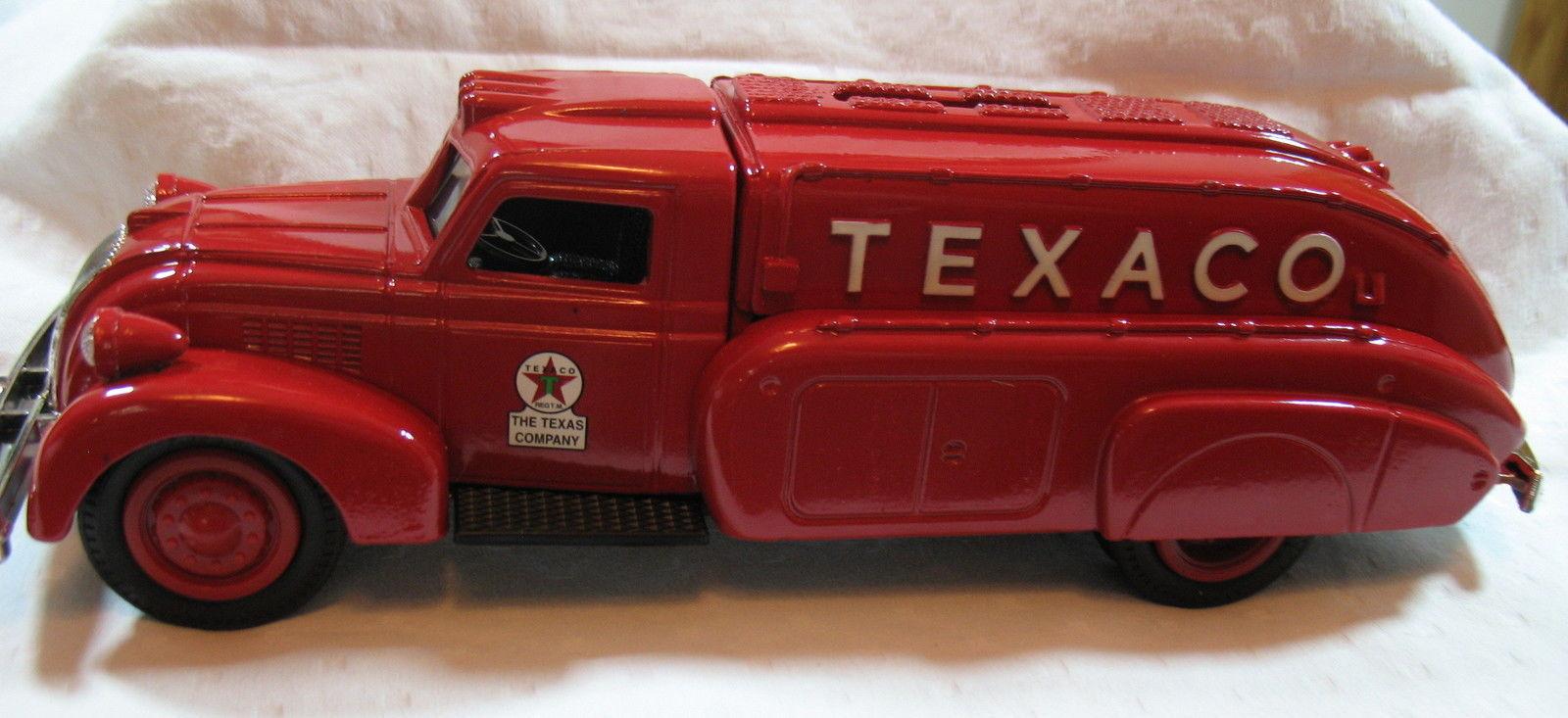 ERTL Texaco 1939 Dodge Airflow Tanker #1703 and 11 similar items