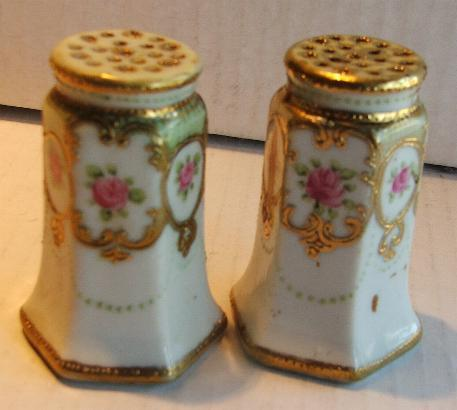 Rose and gold saltshakers