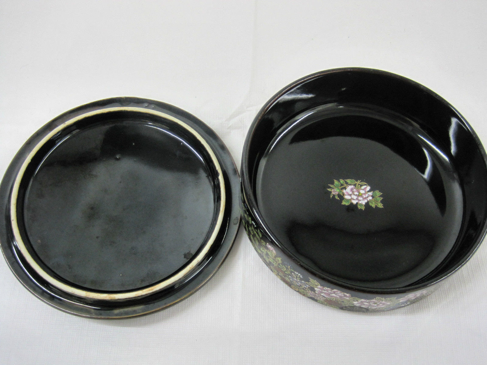 Antique Japanese Imperial Kutani Round Covered Trinket Box Dish Container image 4