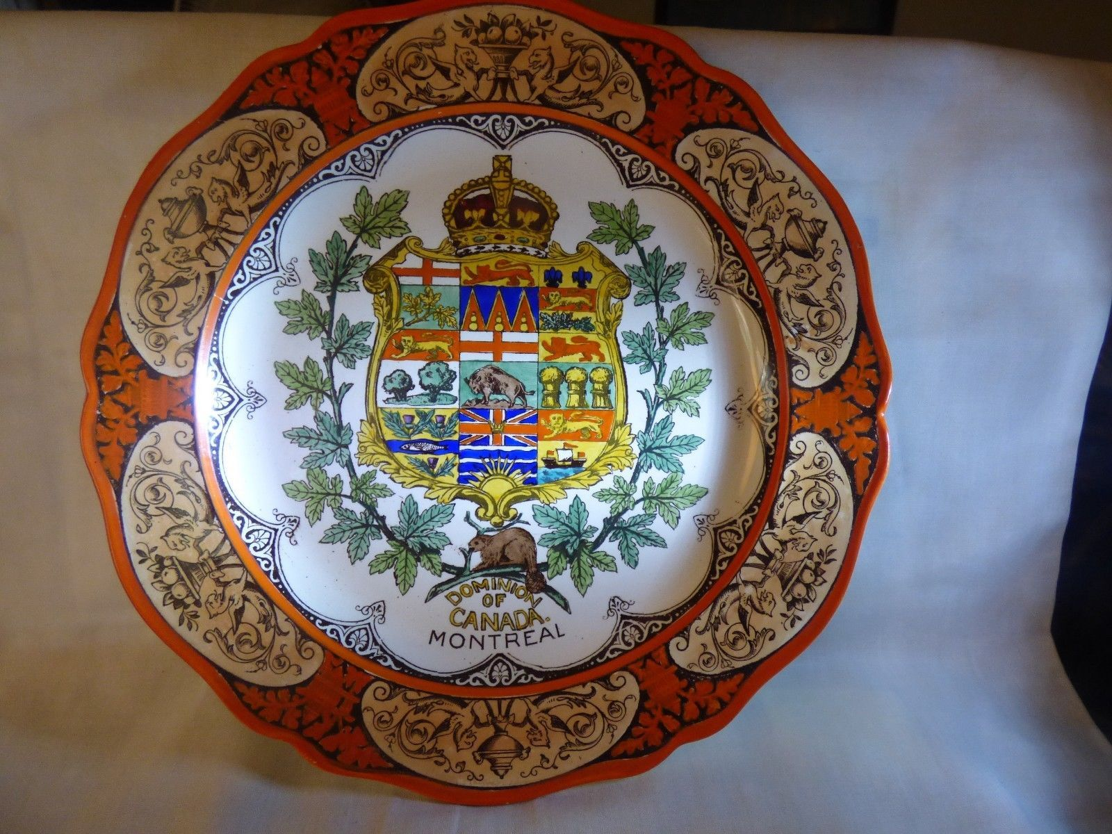 "1911 Wedgwood Etruria Dominion of Canada Montreal 10"" Plate Hand Painted Orange"