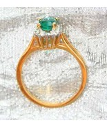 Green & Crystal Rhinestone 80s Gold-plated Ring - $9.95