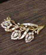 1953 CROWN TRIFARI Trifanium Gold Plated PAT PEND Three Flower Rhineston... - $88.00