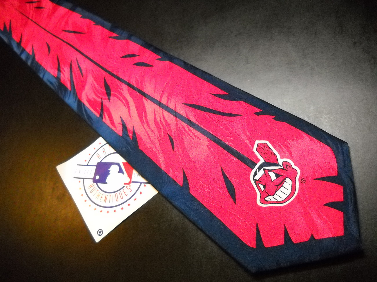 Ralph Marlin RM Sport Cleveland Indians Wahoo Feather 1998 Solonitz Unworn Tag