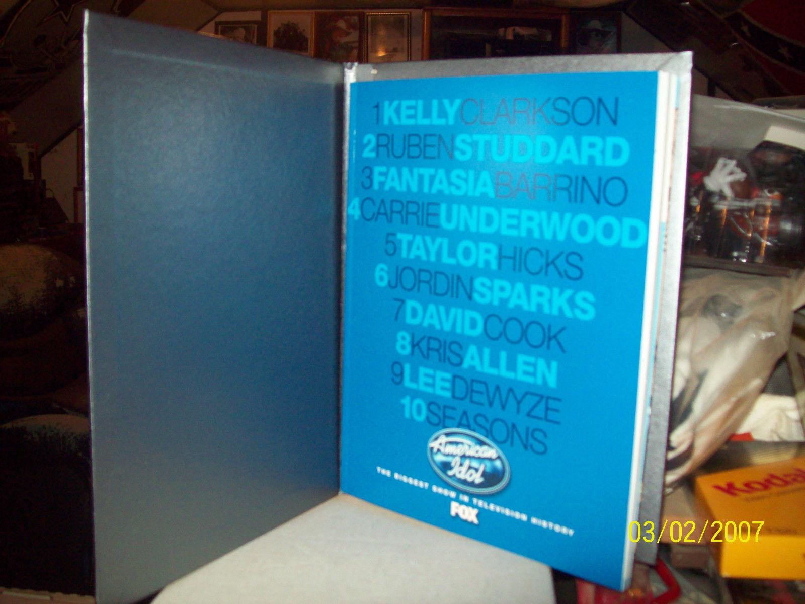 AMERICAN IDOL 2010 PROMOTIONAL BOOK