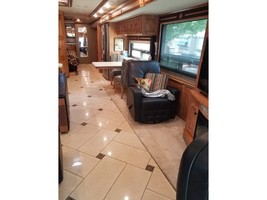 2014 Winnebago TOUR 42QD For Sale In Clarksdale, AZ 86324 image 8