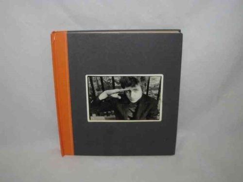The BOB  DYLAN Scrapbook 1956-1966 Book 2005 Robert Santelli