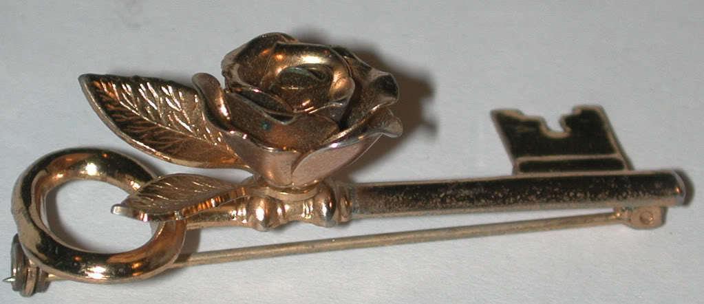 vintage signed Coro Pegasus Skeleton Key Flower Pin Brooch