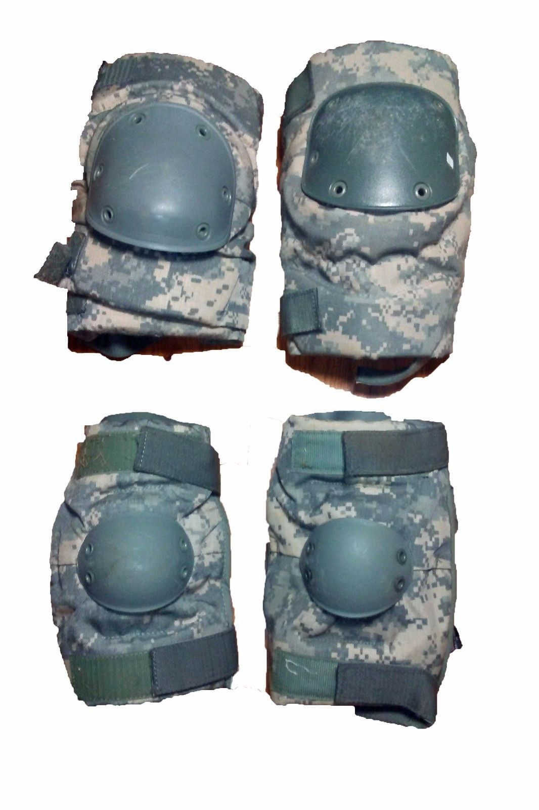 Military Army Issue Coyote W/ Black Cap Used Elbow Pads Size Small Made USA