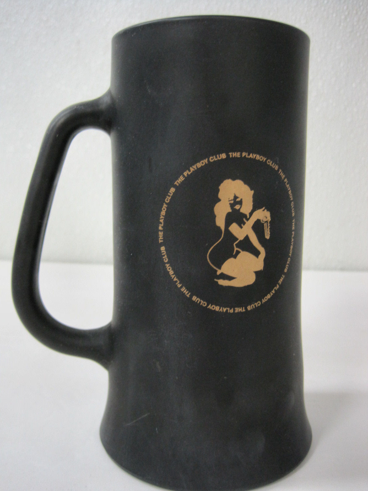 Playboy Bunny Club Key Glass Black Gold Beer Cup Mug Tanker 6 Inches Tall image 4