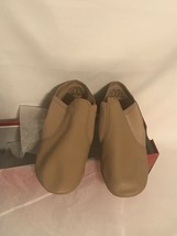 Capezio Caramel E-Series Jazz Slip On Split Sole Shoe kids size 7M - $24.99
