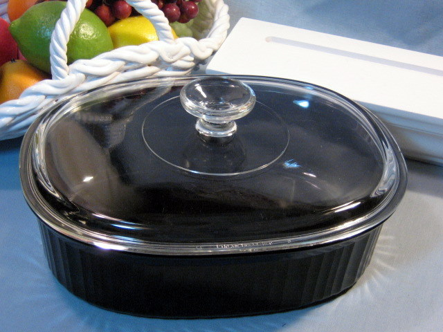 Corning Ware Classic Black Pyroceram Covered Casserole, Mid Century Cookware