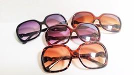 Womens Fashion Round Sunglasses Large Smoked Lenses Designer Arms - $9.25