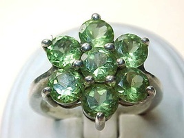 Vintage Genuine PERIDOT Flower  RING in STERLING SILVER - Size 7 - FREE ... - £132.48 GBP