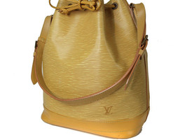 Auth LOUIS VUITTON Noe Epi Leather Yellow Drawstring Shoulder Bag Purse ... - $330.00