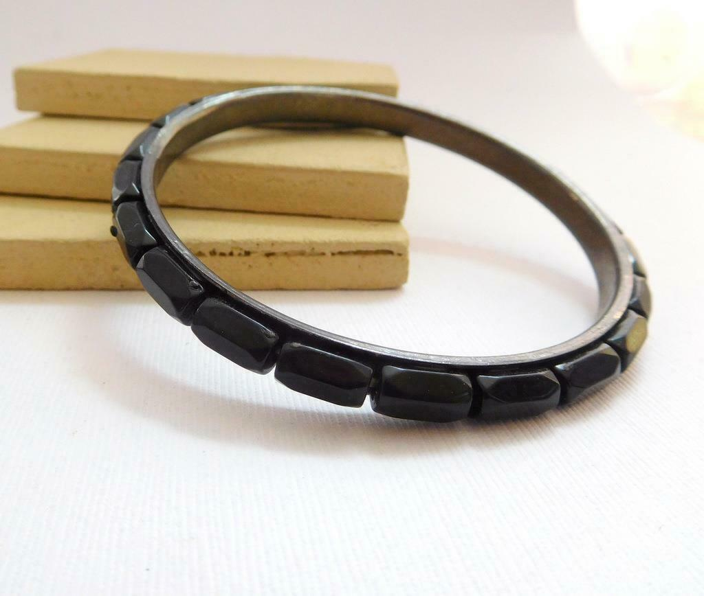 Retro Vintage Black Glass Bead Inlay Gunmetal Silver Bangle Bracelet V25