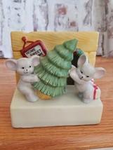 House of Lloyd Yuletide Mice Music Lighted fireplace Figurine Christmas ... - $18.38