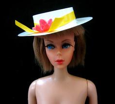VINTAGE BARBIE CLOTHES WHITE HAT PLASTIC DOLL HAT ~ MINT - $1.97