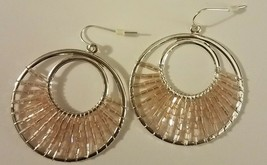 Avon 2010 Sea And Sky Beaded Hoop Earrings Silvertone/Pink NIB Free Ship... - $14.84