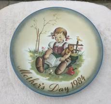"""Schmid """"A Joy to Share"""" Mother's Day 1984 Plate Vtg 13th Limited Edition Hummel - $35.99"""