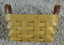 Longaberger 2004 Small Basket With Leather Handles - $15.99