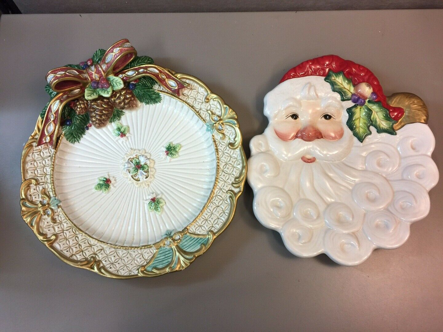 Primary image for Lot of 2 Fitz and Floyd Christmas Cookie Plates Santa Face Wreath Hanging Holes