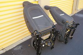 08 Volvo C30 R-DESIGN Front Seats W/ Airbags & Tracks image 11