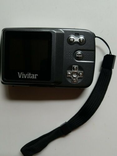 Primary image for Vivitar ViviCam 7022 Digital Lens Camera Carry Case Strap Computer Cord Card Pic
