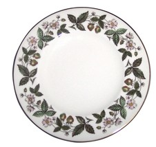 "Wedgwood STRAWBERRY HILL ENGLAND Fine Bone China 9"" PLATE (S) - $29.69"
