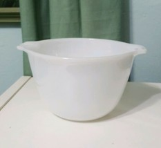 Vintage mixing Bowl Fire King Ware USA Anchor Hocking Cinderella Pour Sp... - $24.28