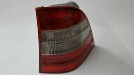 Passenger Side Tail Light Fits 98 99 00 01 Mercedes ML320 - $87.52