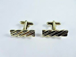 Vintage 1960s Cufflinks Gold Tone Thick Metal Pair Barley Twist Design Unbranded - $12.86