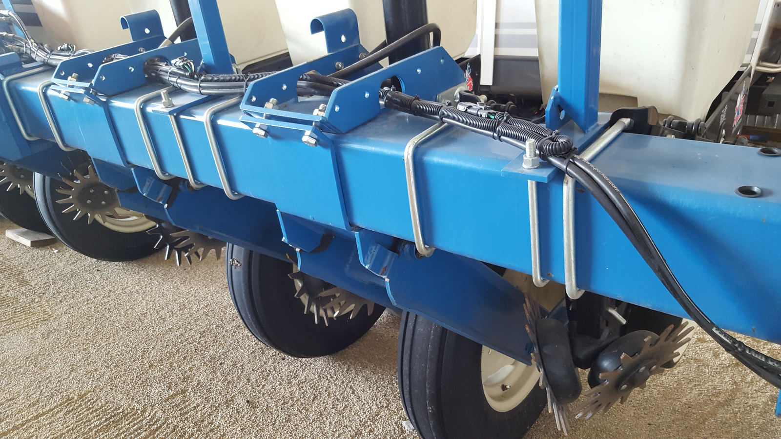 2003 KINZE 3000 FOR SALE