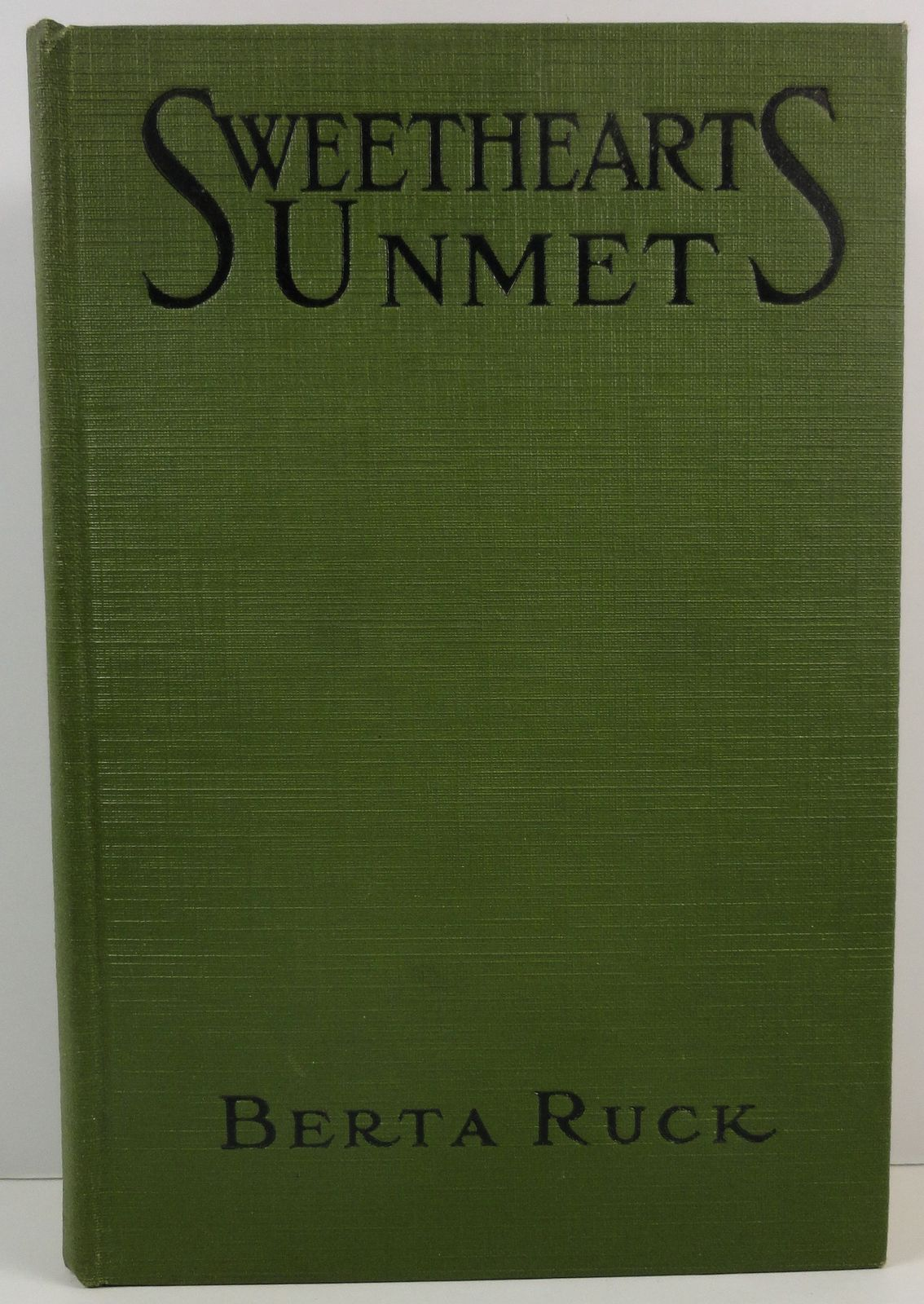 Primary image for Sweethearts Unmet by Berta Ruck 1919 Dodd Mead Caswell Illus