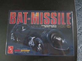 AMT Batman 1989 Bat-missile 1/25 scale - $21.99