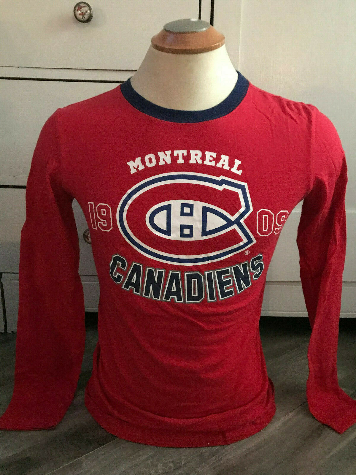 Montreal Canadiens 1909 Women's Size Small Long Sleeve Shirt - $15.15