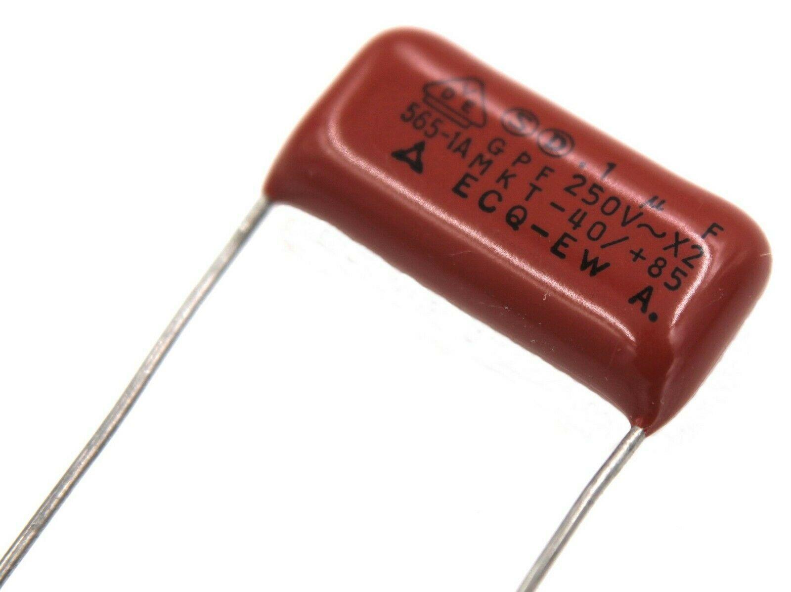 Lot of  3 Plastic Film Capacitors 0.22uF ±5/% 100VDC or 25. Panasonic 10