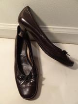 """Etienne Aigner E-GRAZIE sz 6 Dark Brown Leather Bow 1.5"""" Kitten Heels - $30.00"""