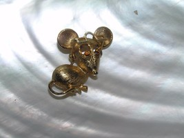 Vintage Avon Signed Small Goldtone Mouse w Red Rhinestone Eyes & Movable Glasses - $10.39