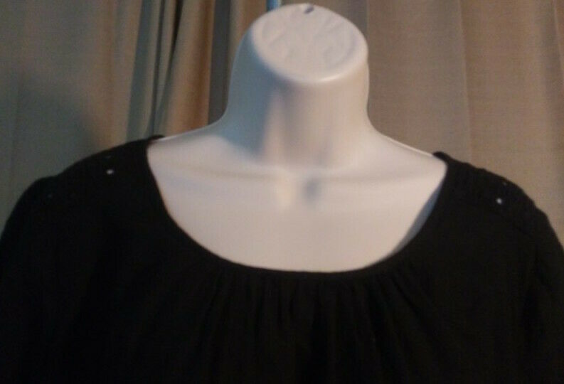 Old Navy Dress Womens L Black Lacey Keyhole Gathered Scoop Neck Straight Bodice