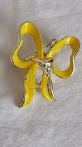 Vintage Signed Enameled Yellow Bow Brooch Pin, Errys?, Goldtone, Faded, Rustic, - $4.94