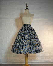 Romantic Puffy Floral Tulle Skirt High Waisted Knee Length Tulle Skirt Plus Size image 1