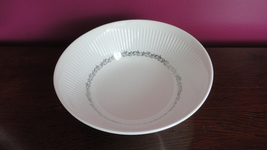 "Johnson Brothers 8-3/4"" Round Pasta Bowl, Athena with Alexandria Trim, excellent - $15.06"