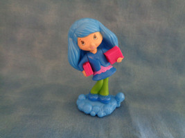 """2011 McDonald's Happy Meal Strawberry Shortcake Blueberry Muffin Girl Toy 3 1/4"""" - $1.56"""