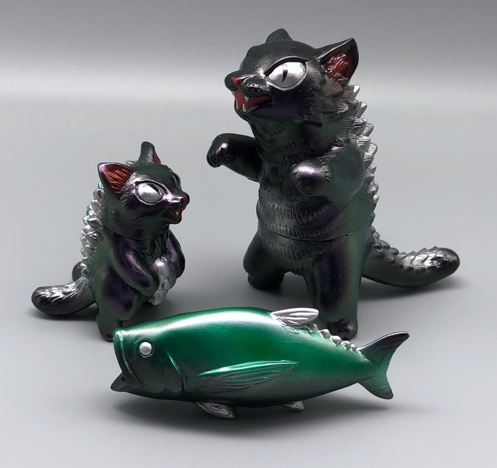 MaxToy Color-Shifting Metallic Purple/Green Negora, Micro Negora, and Fish