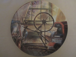 THE ANTIQUE SPINNING WHEEL collector plate MAURICE HARVEY Country Nostalgia - $28.06