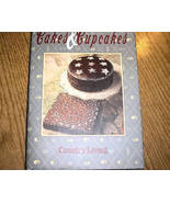 Country Living Country Baker Cakes And Cupcakes - $5.50