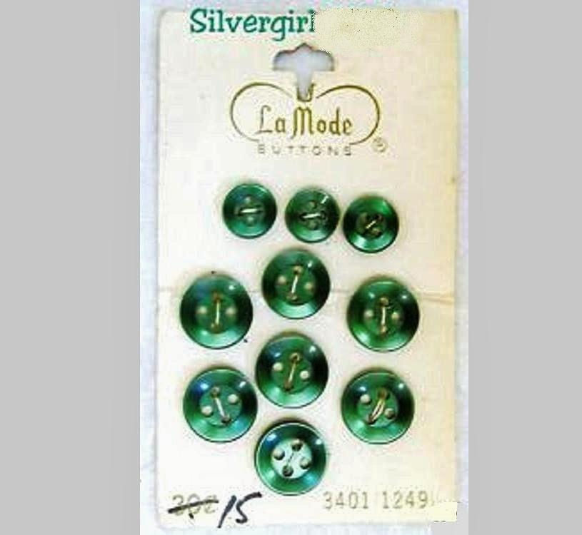 10 la mode vintage 4 hole green buttons 2 sizes