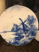 "VILLEROY & BOCH 10"" DELFT BLUE PLATE, HOLLAND/DUTCH WINDMILL SCENE, PATT... - $27.69"